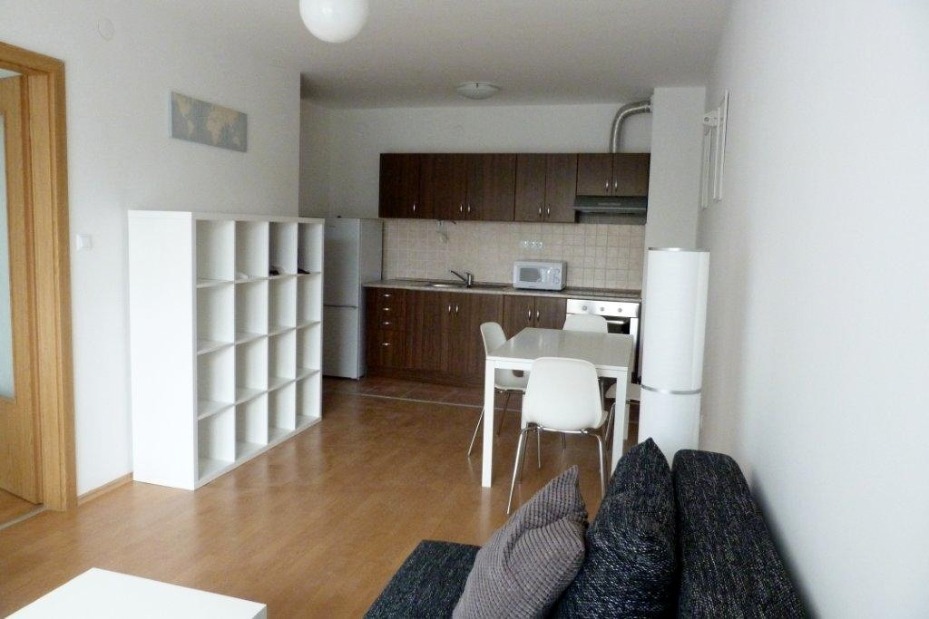 GREAT OPPORTUNITY!!! Near Semmelweis University! One Bedroom Apartment With  Garage