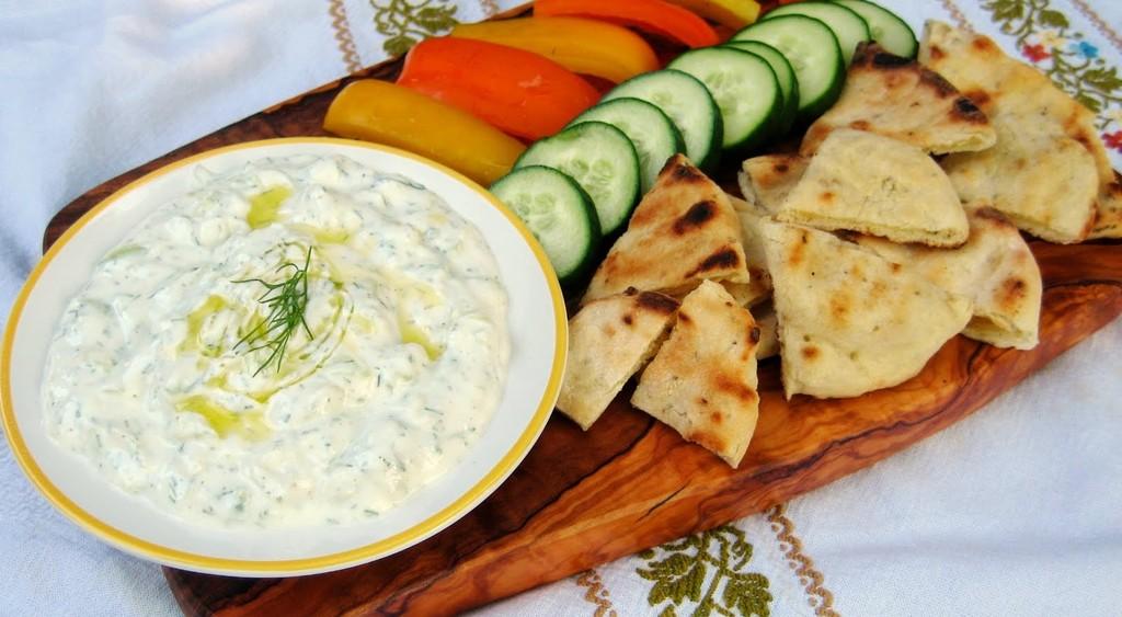 greek-tzatziki-recipe-0ce3de3bf1f39ab46f