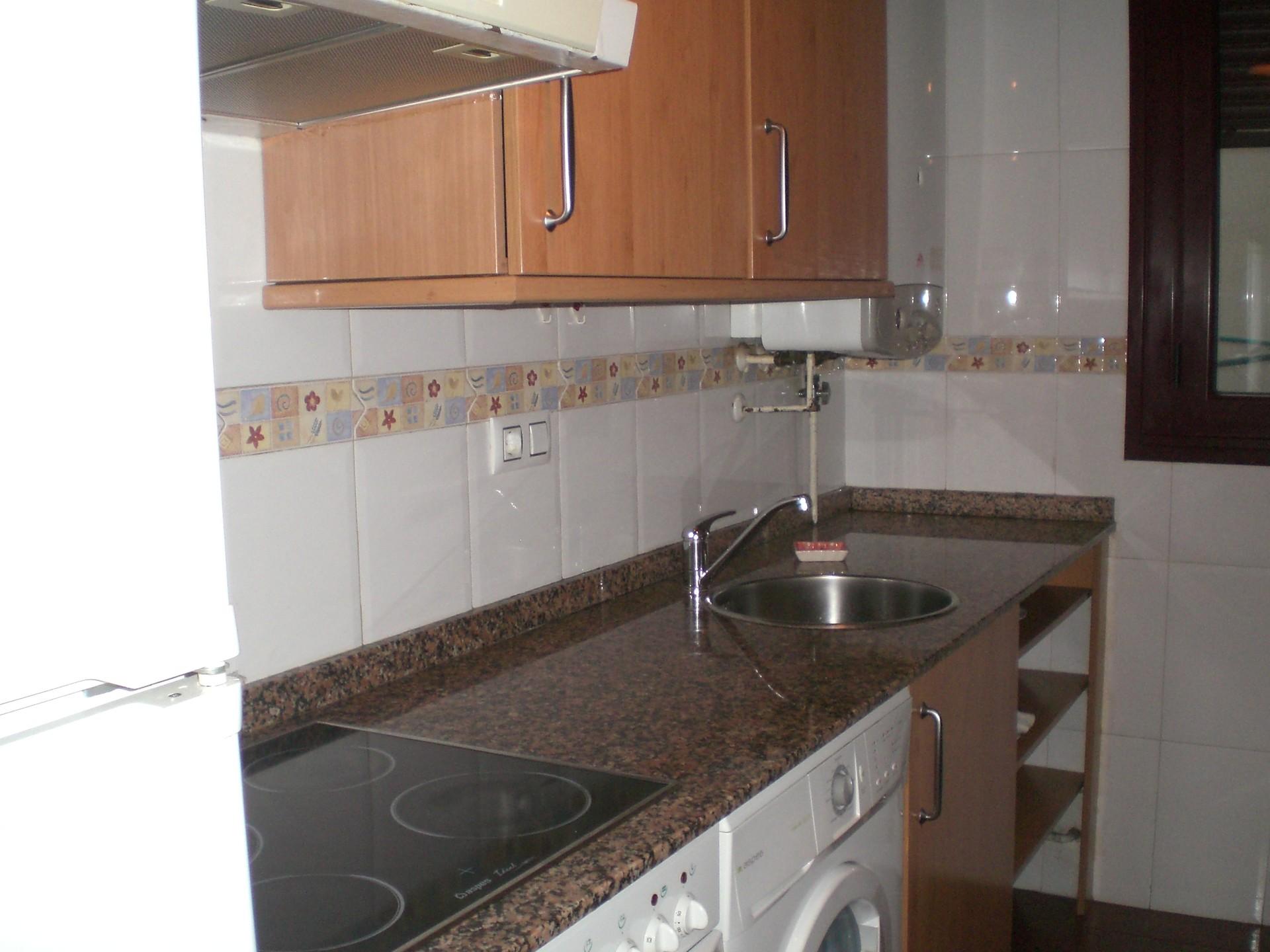HABITACIÓN AMPLIA CON BAÑO PROPIO | Alquiler habitaciones ...