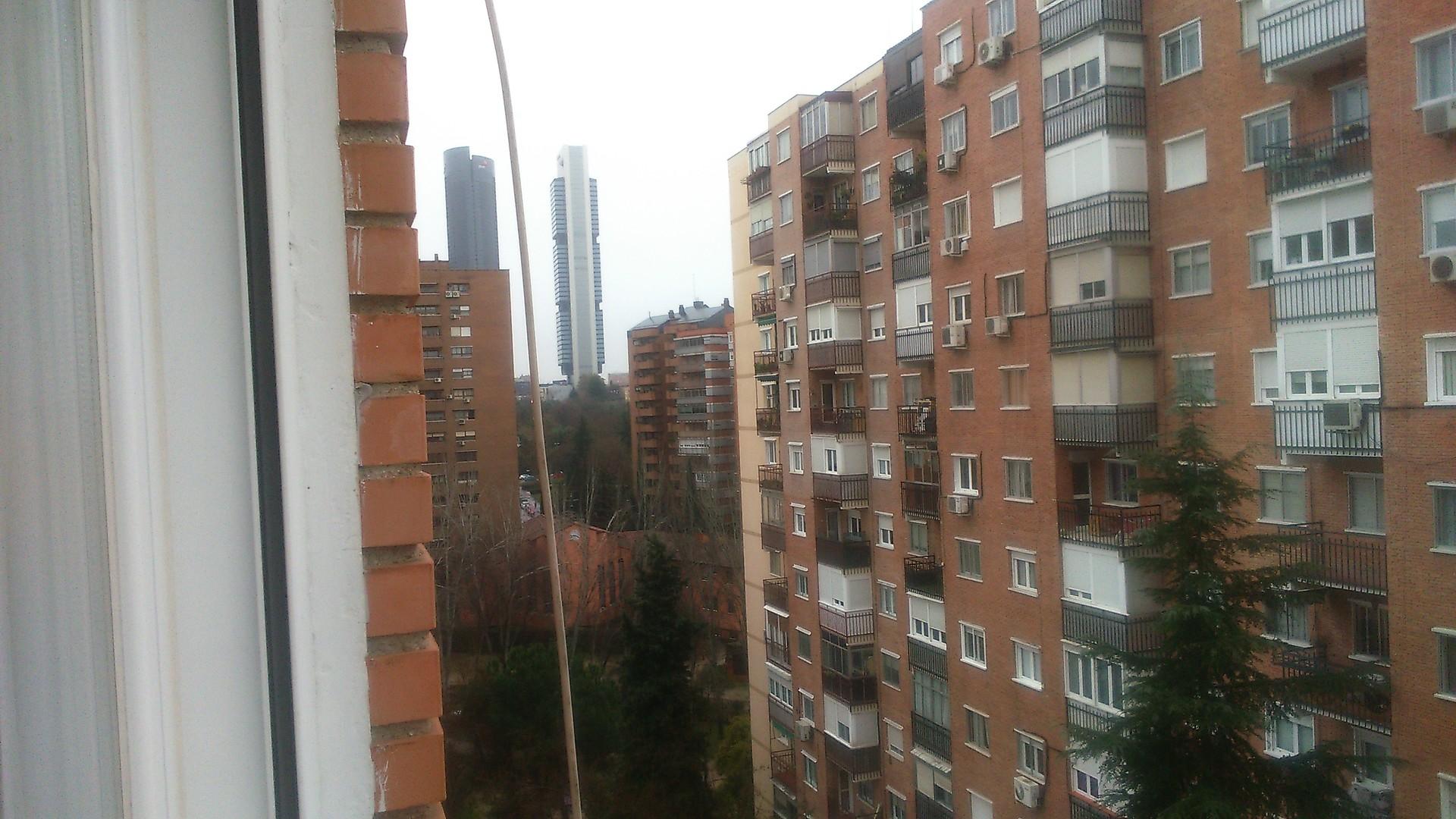 Habitacion en barrio del pilar soleada mucha luz - Pisos en alquiler barrio del pilar madrid ...
