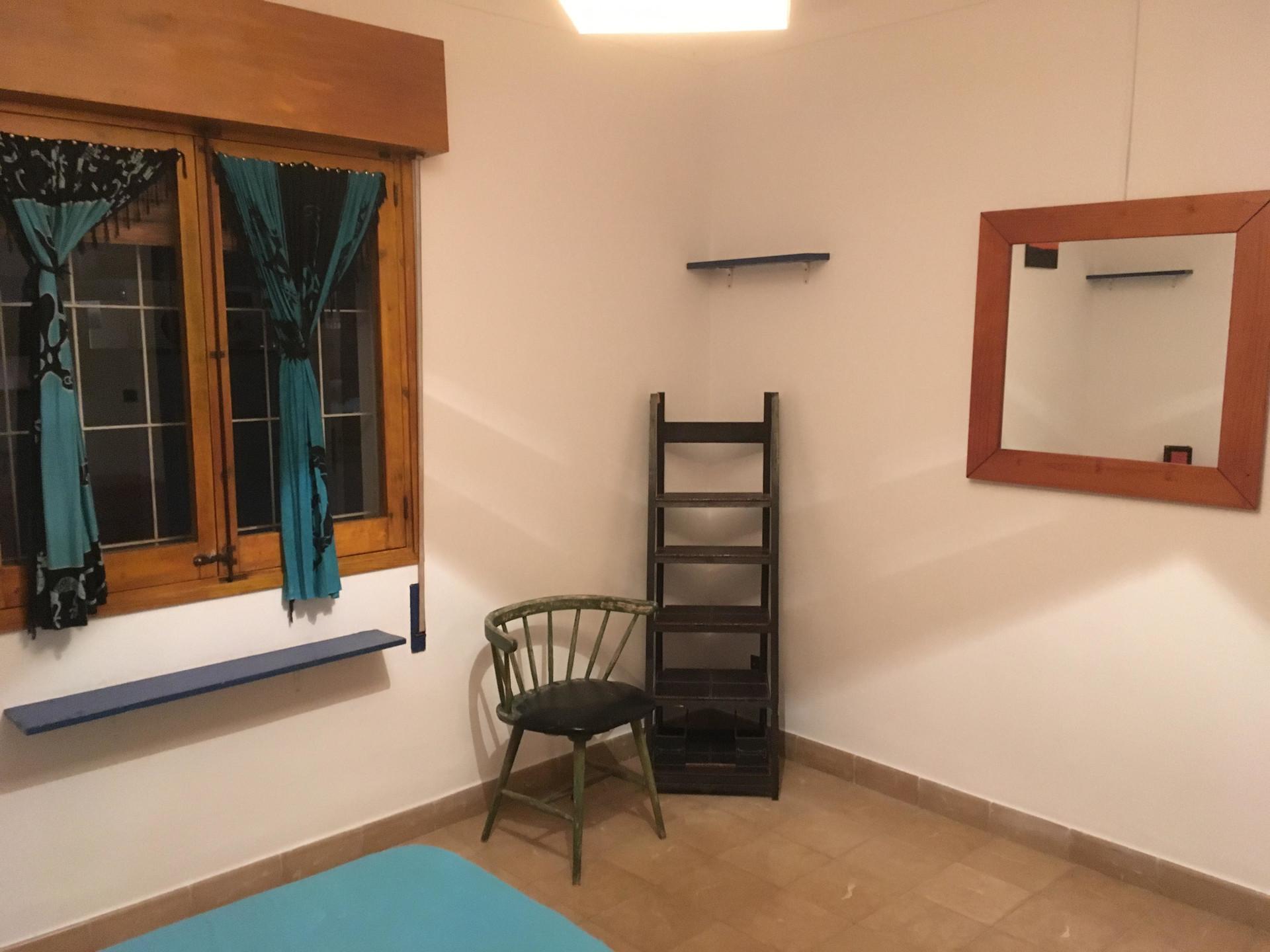 Habitación con cama doble en el centro de IBIZA