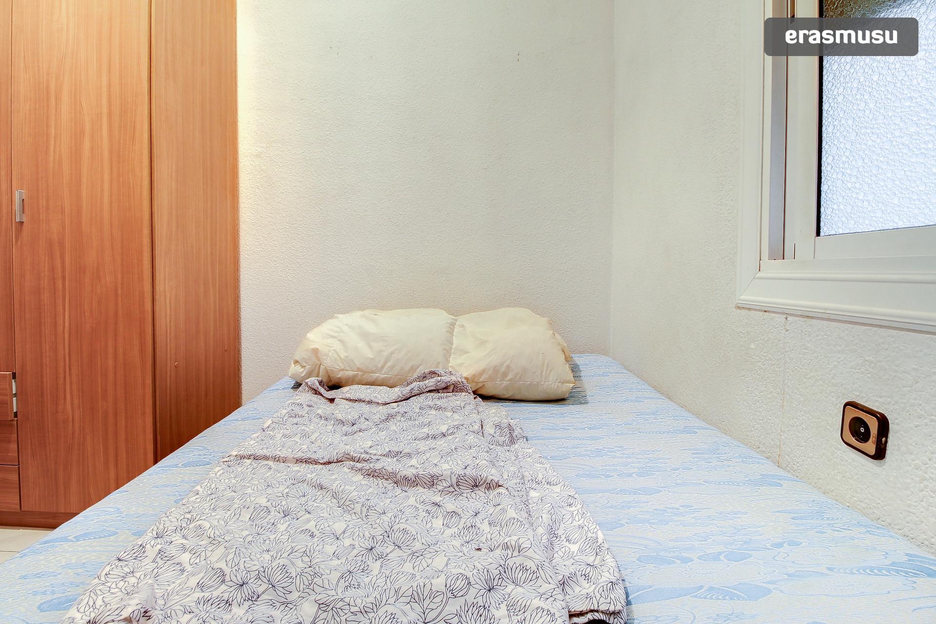 habitacion-chollo-barcelona-8d8c1cfbea4d