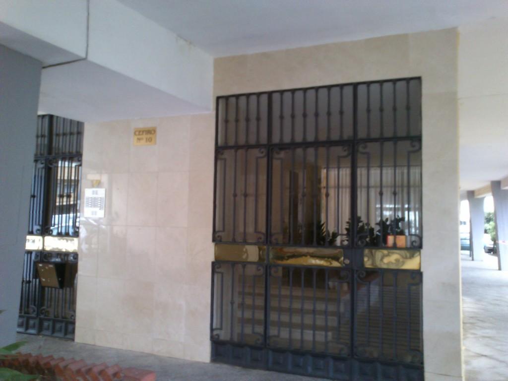 Habitaci n compartida en piso alquiler habitaciones sevilla for Alquiler habitacion compartida