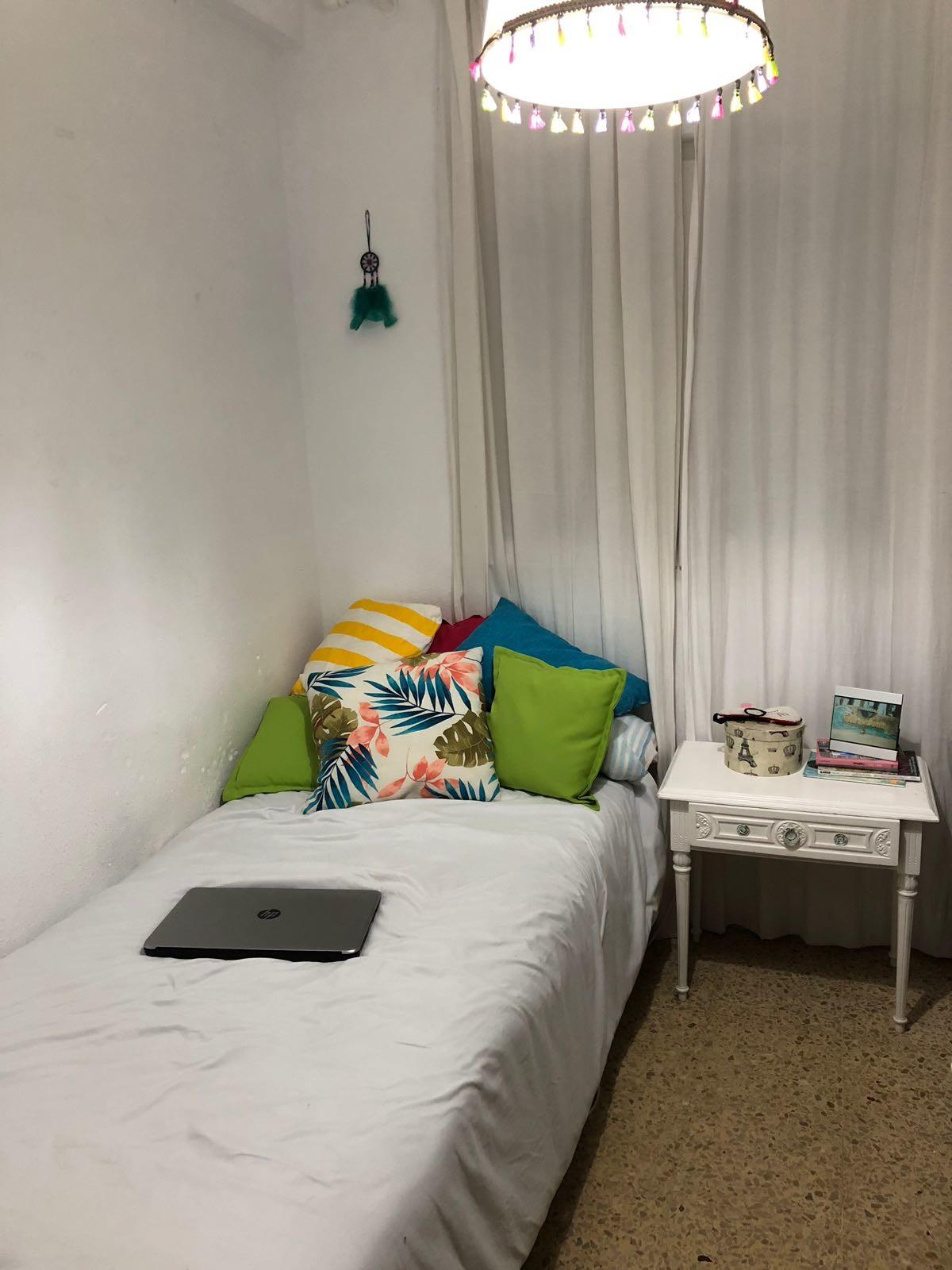 Habitación disponible en Cadiz