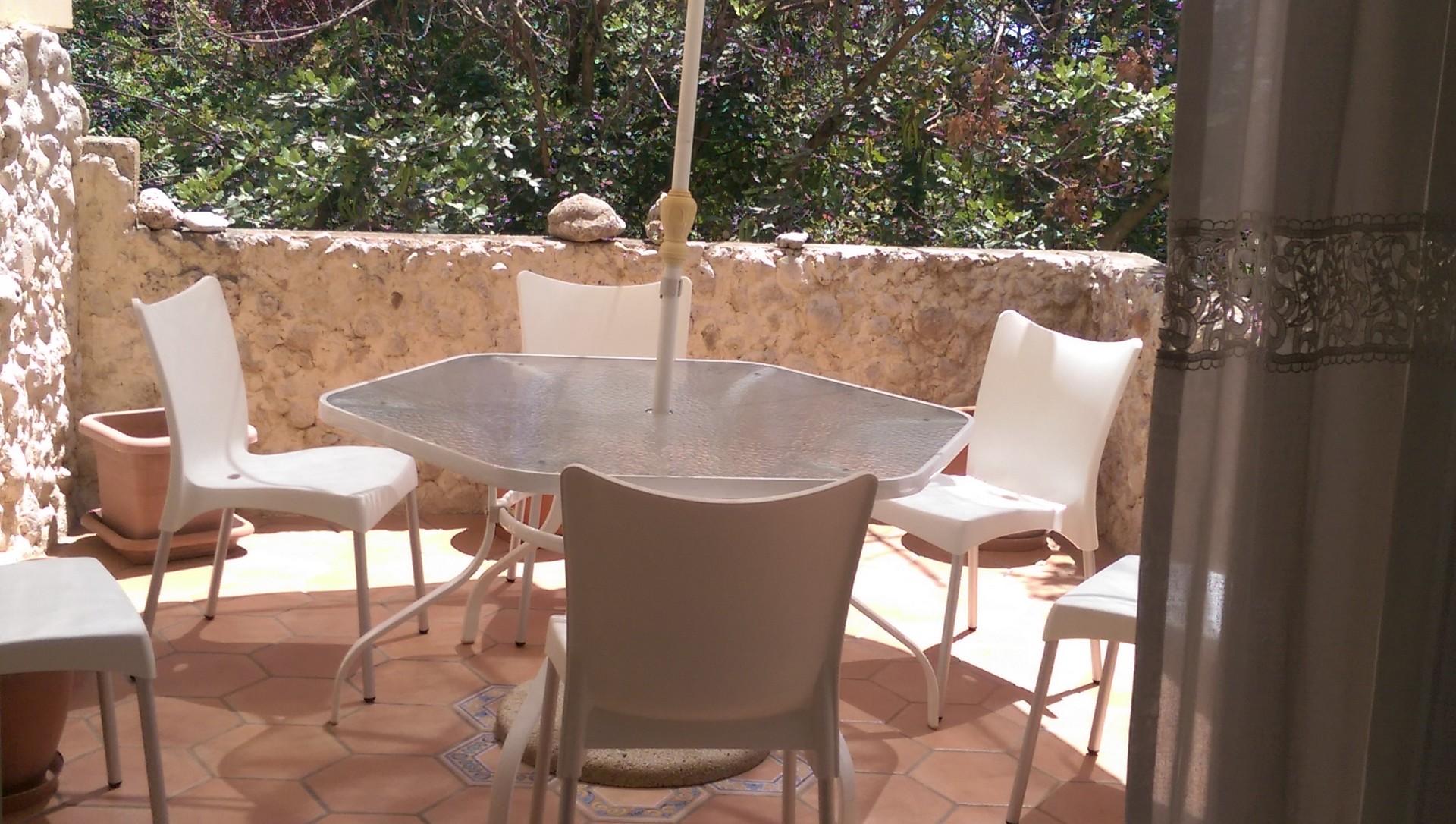 Habitaci n doble para una persona terraza muy cerca de la universidad de malta alquiler - Compartir piso en malta ...