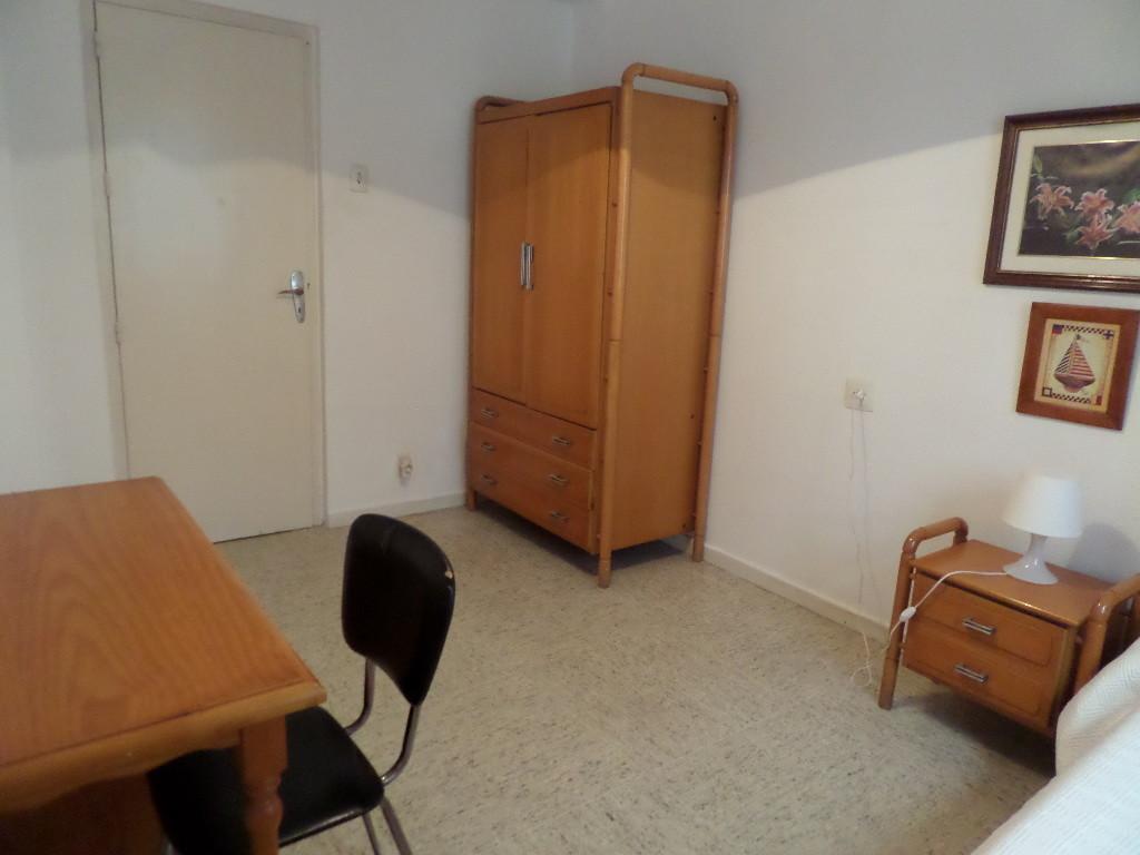 Habitación en Acera del Darro 92, Granada, Spain
