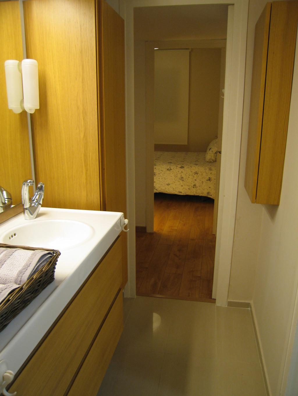 Habitaci n en alquiler barrio de gracia barcelona for Stanza in affitto barcellona