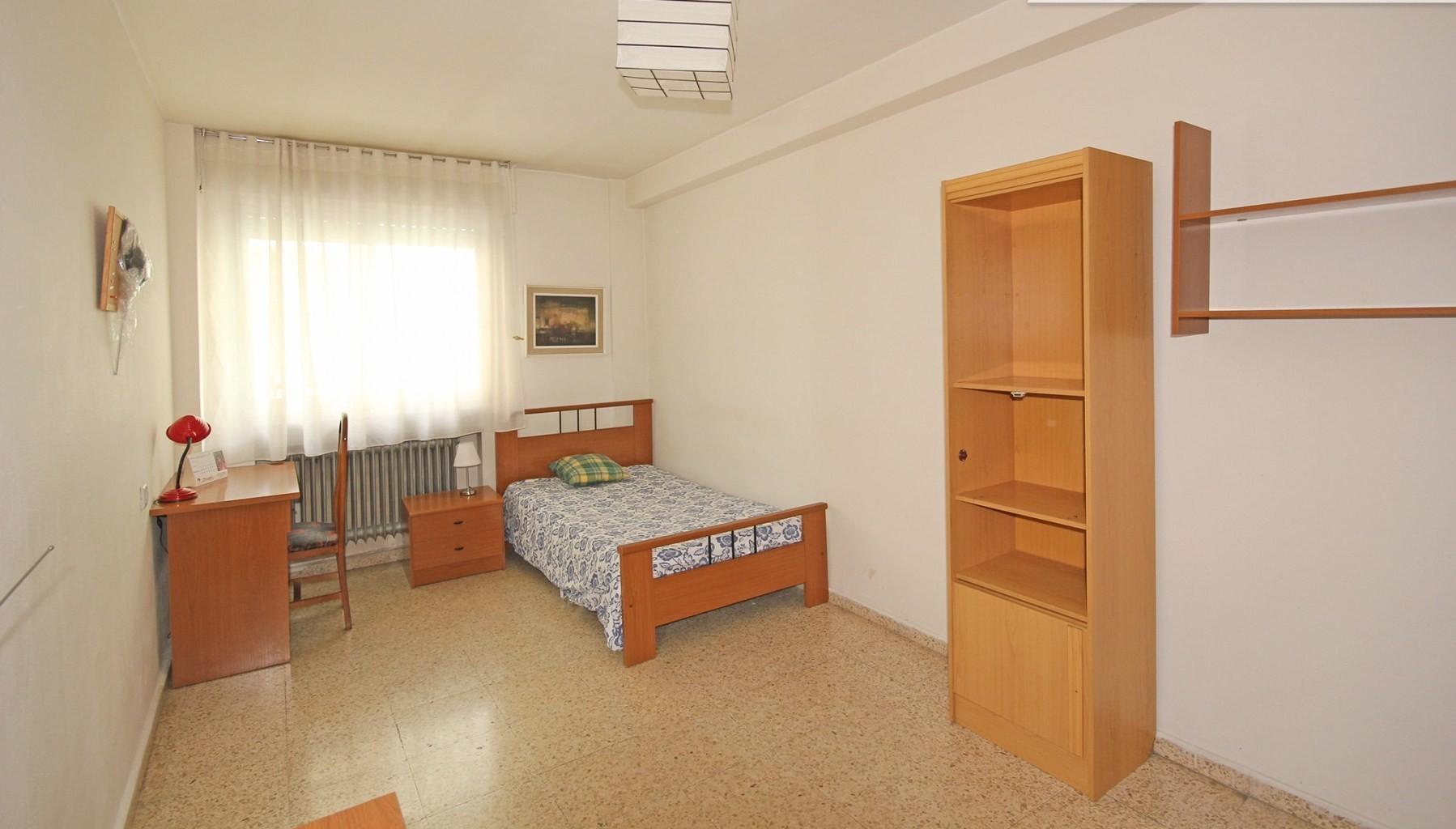 Habitaci n en piso estudiantes febrero 17 alquiler habitaciones salamanca - Habitacion para estudiantes en madrid ...