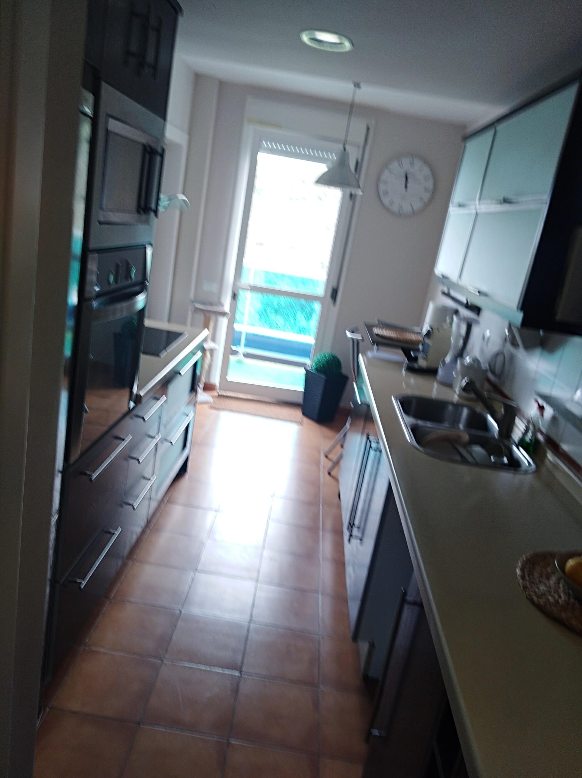 Habitación espaciosa lista para entrar a vivir