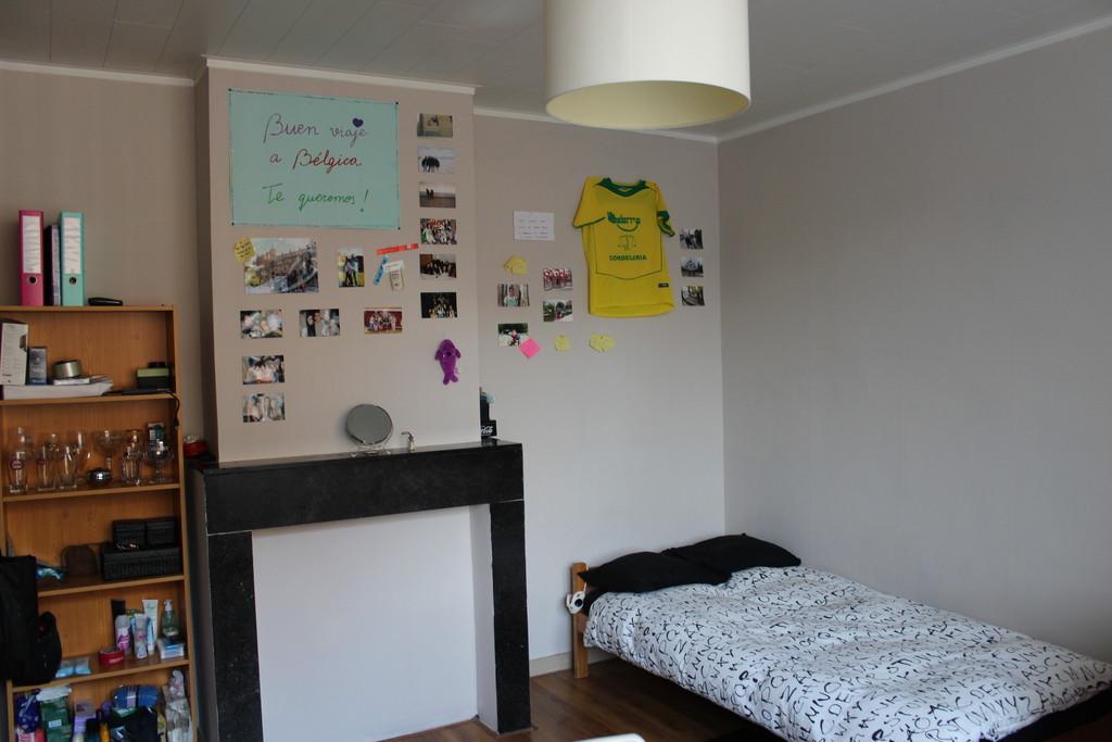 Habitaci n en un estudio para dos personas c ntrico en - Decorar habitacion estudio ...