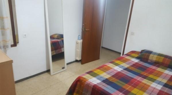 Habitacion individual en piso compartido