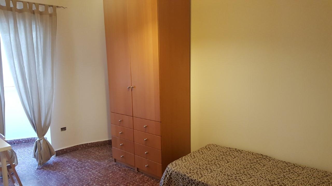 Habitación individual en piso compartido
