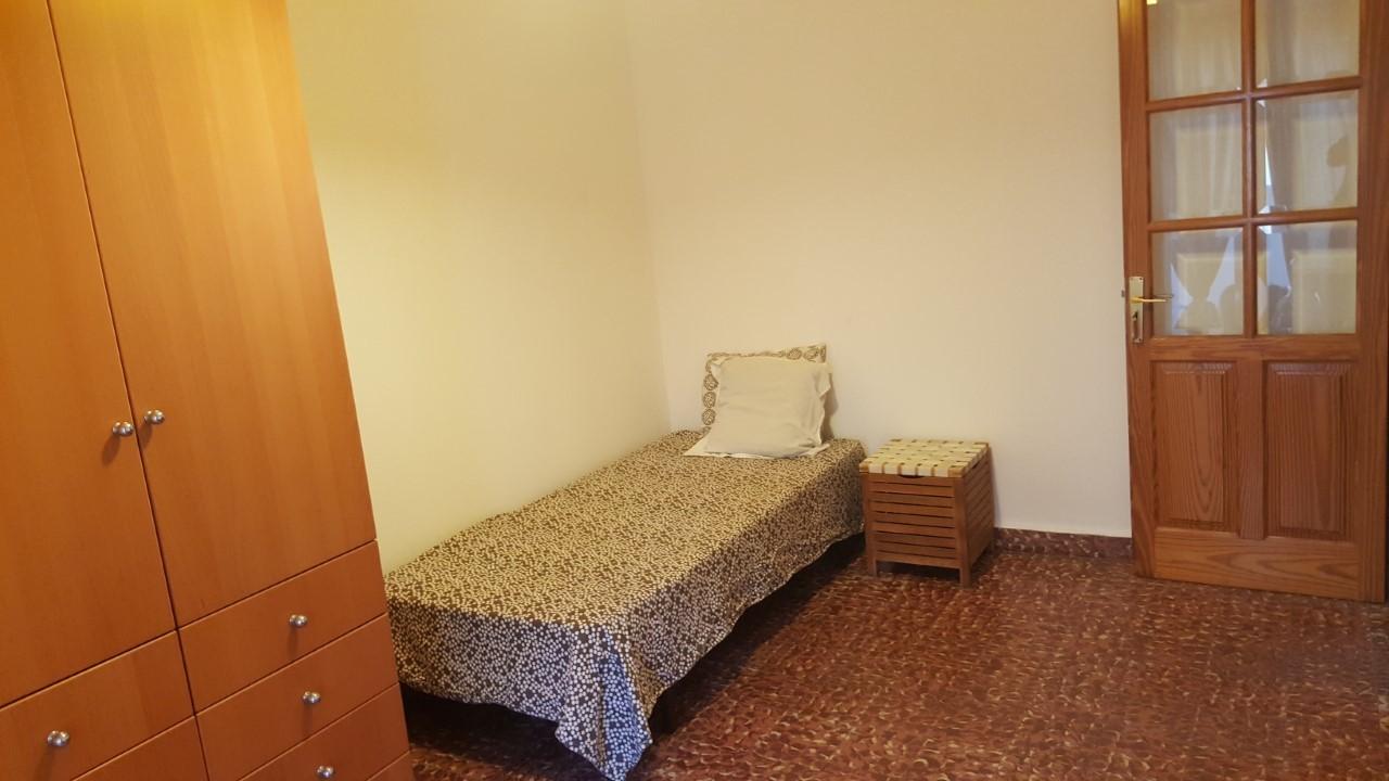 Habitaci n individual en piso compartido para chica junto Alquiler de habitacion en piso compartido