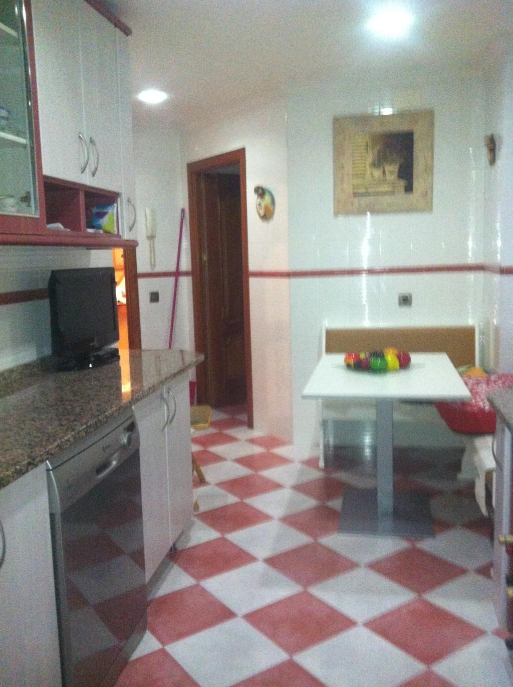 Habitaci n individual en piso con piscina en legan s - Pisos con piscina en madrid ...