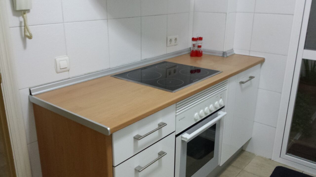 Room for rent in 2-bedroom apartment in Sevilla