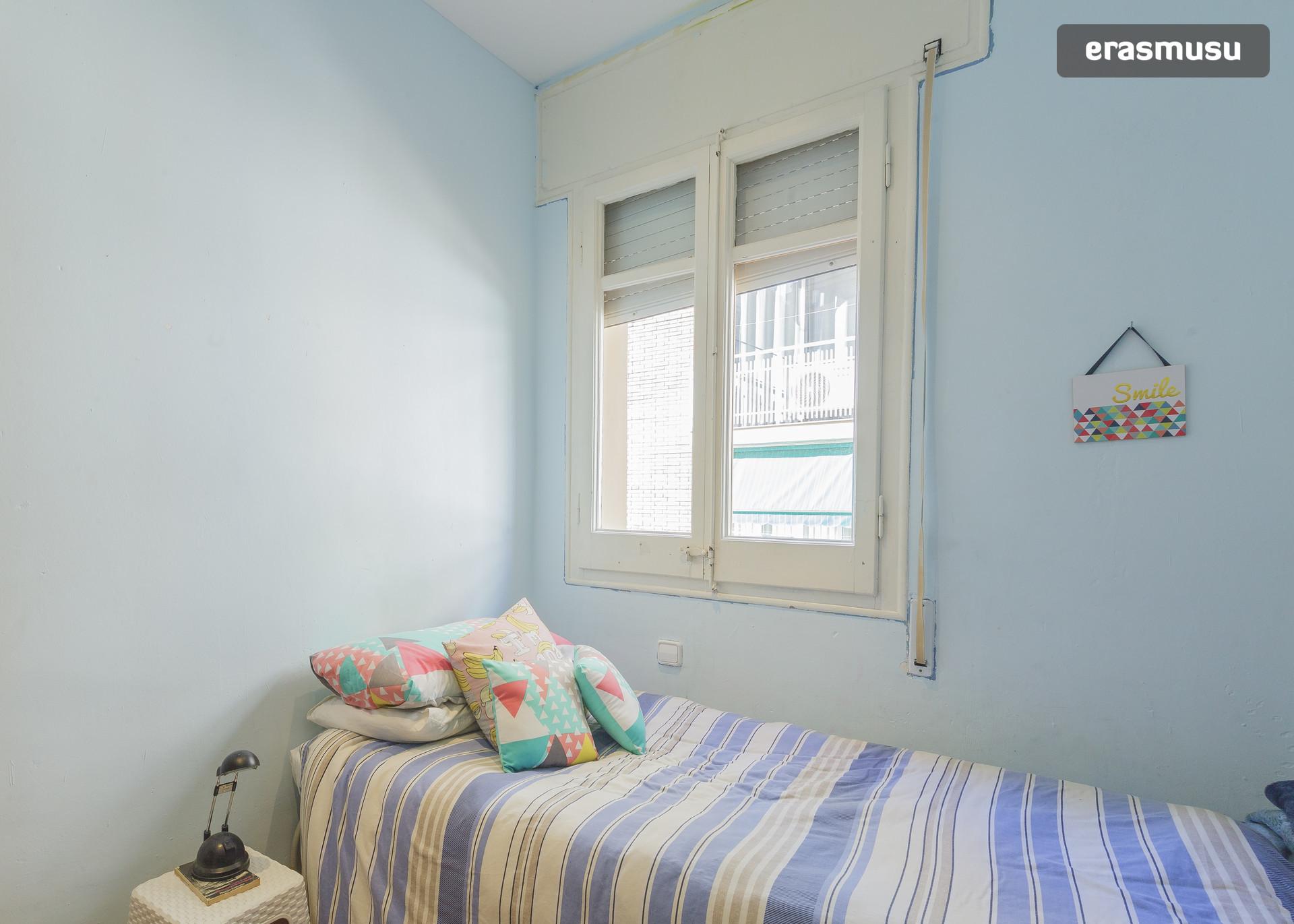 habitacion-magnifica-barcelona-0851091ab