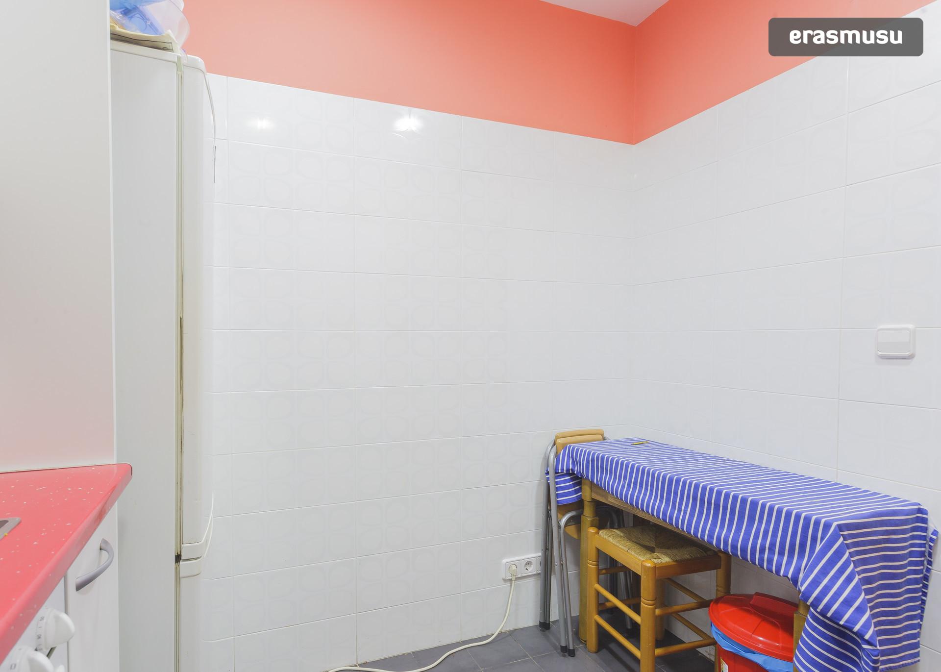 habitacion-magnifica-barcelona-c468243c9