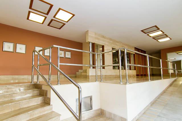 Piso de 3hab con gran cocina y terraza alquiler pisos - Amueblar piso entero barato ...