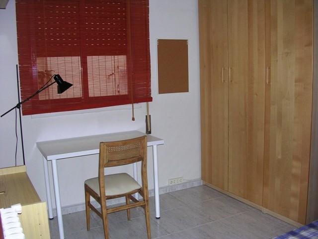 habitacion-para-estudiantes-amplia-y-tranquila-c1ce7261c88bfd6a85fb8d430bea095c