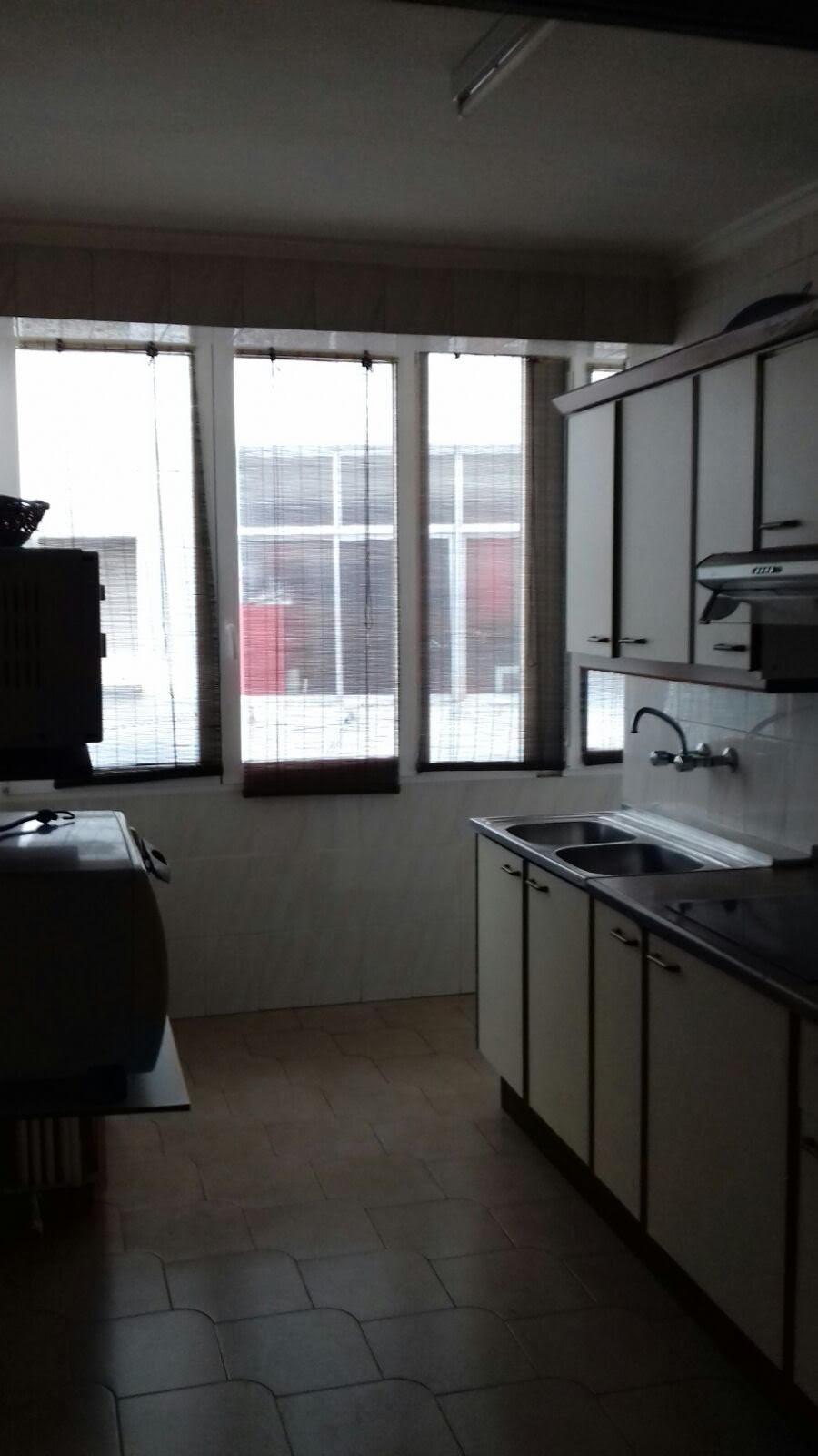 Habitación en piso de 4 dormitorios