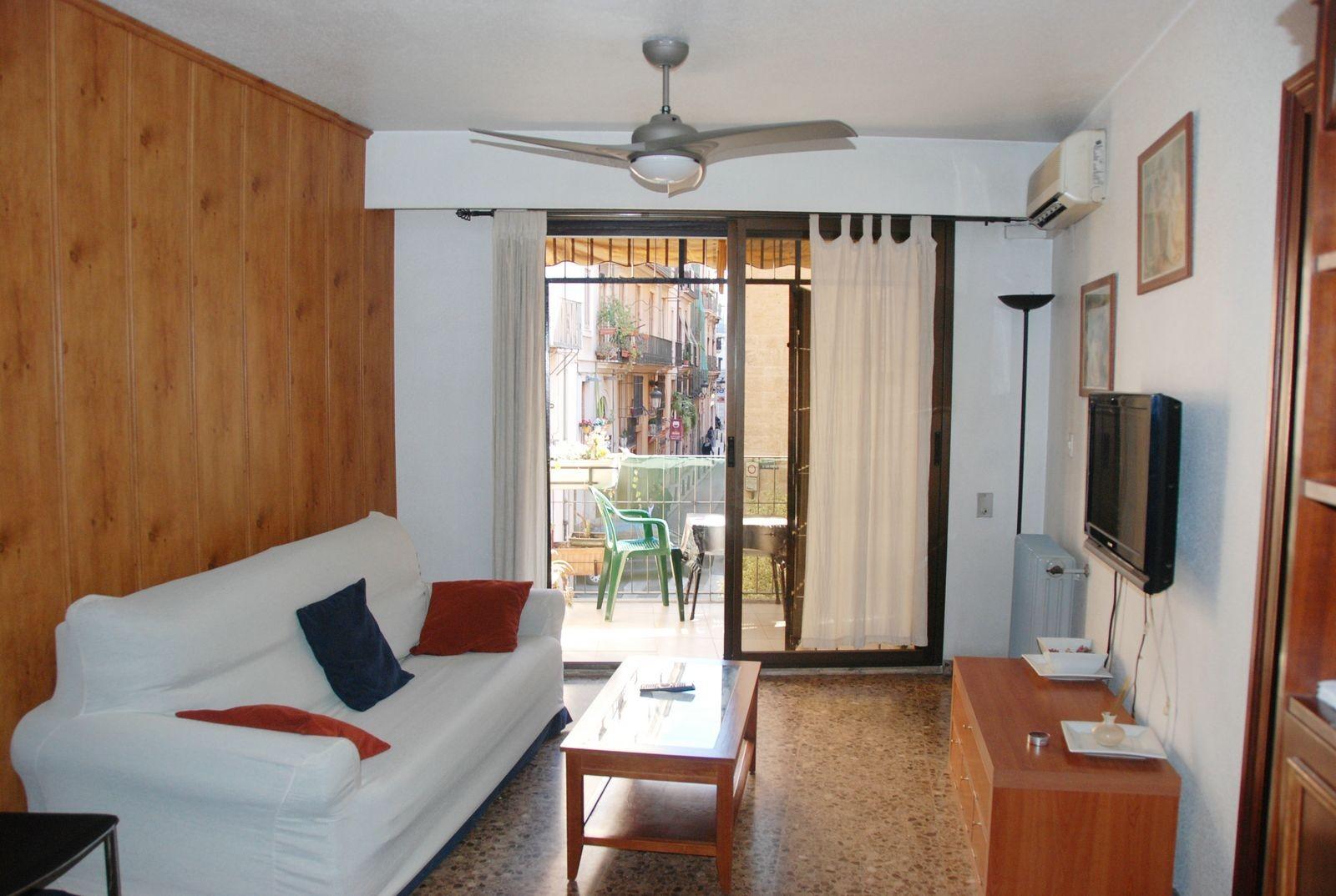 Habitaci n en piso c ntrico de valencia alquiler for Habitaciones familiares valencia