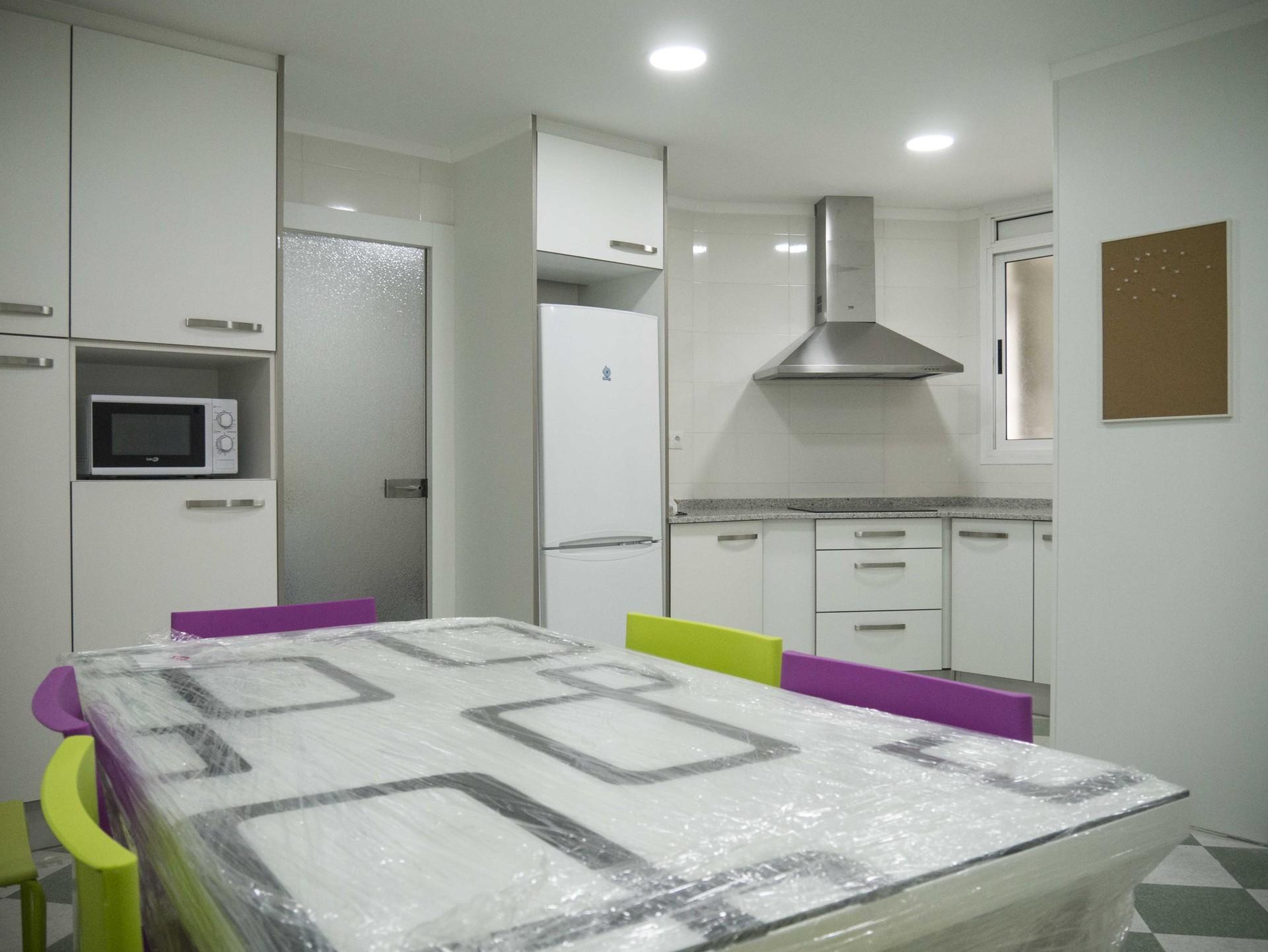 Habitaci n piso compartido en el centro de valencia for Alquiler de habitacion en piso compartido