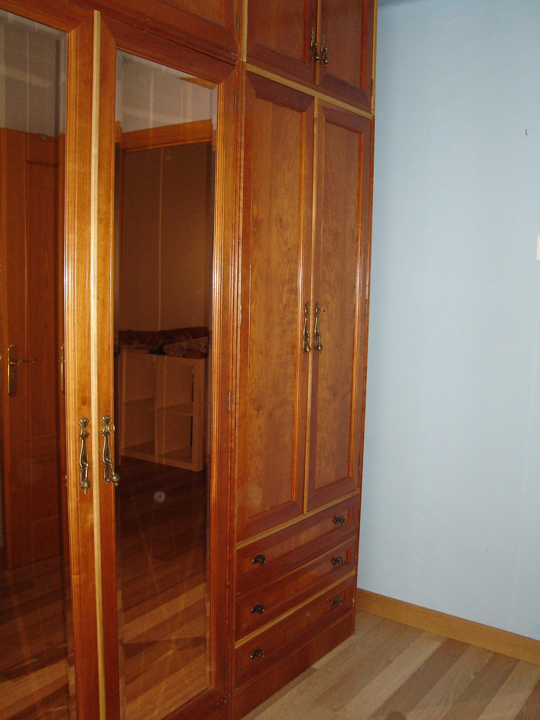 Habitaci n en piso compartido solo chicas muy pr ximo a for Pisos 1 habitacion zaragoza