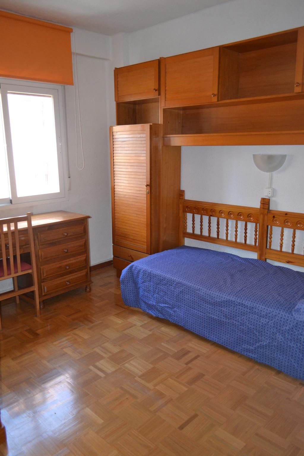 Habitaci N En Piso Estudiantes Pamplona Centro Alquiler