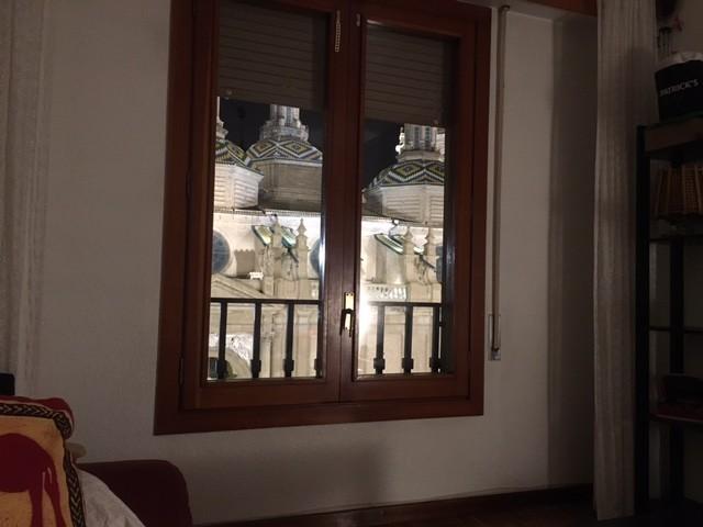 Habitaci n individual en piso situado en la plaza del for Pisos 1 habitacion zaragoza