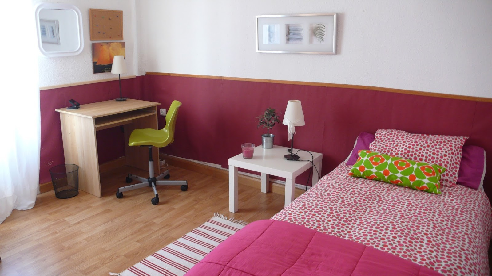 Habitaci n en piso universitario en logro o solo chicas for Universidades con habitaciones