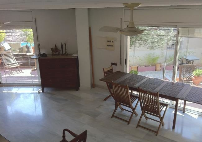 habitacion-soleada-parquet-terraza-junto-campus-urv-cataluna-e4a44d9347e122d46369a380825d995e