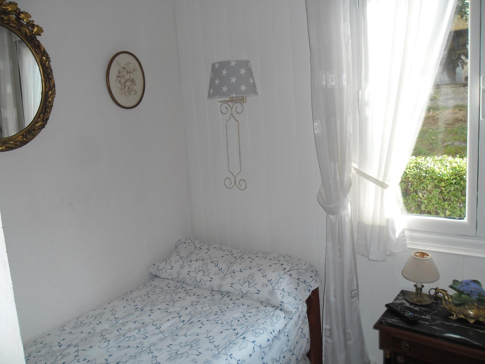 Habitacion soleada grande de 2 camas alquiler - Habitacion 2 camas ...
