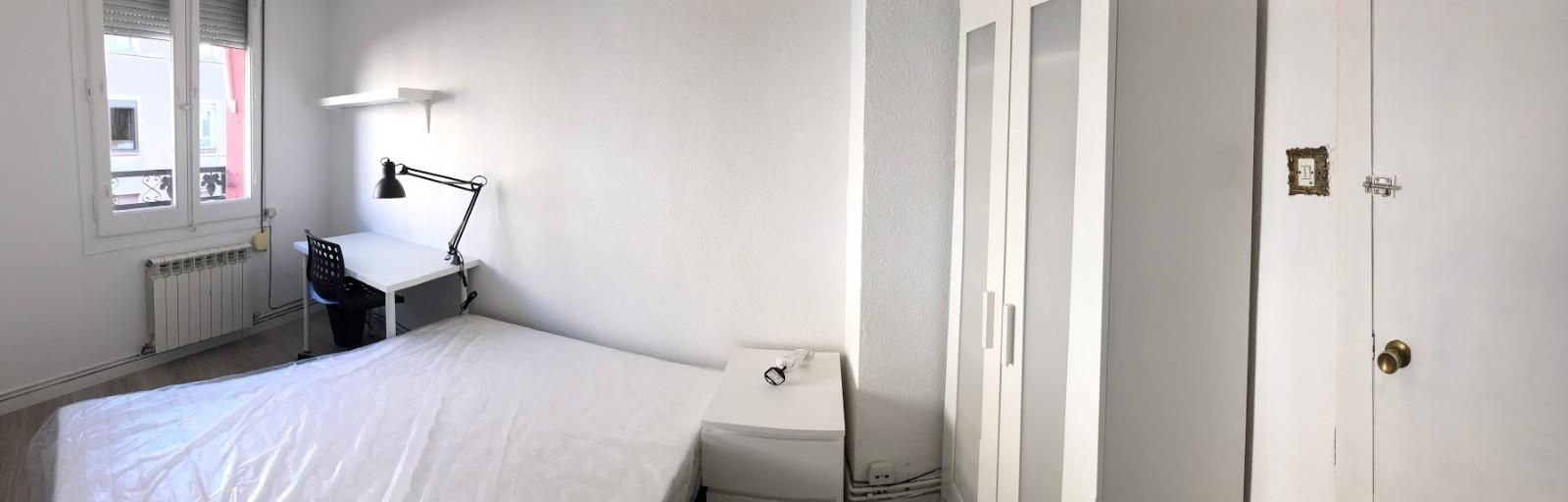 Habitación en zona universitaria en Zaragoza