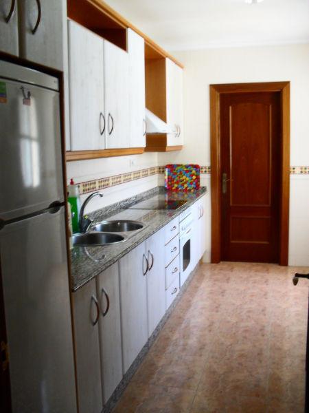 Habitaciones de alquiler para estudiantes piso situado for Alquiler estudio almeria