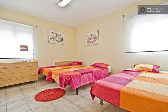 Habitaciones limpias y muy luminosas en madrid for Habitaciones en madrid