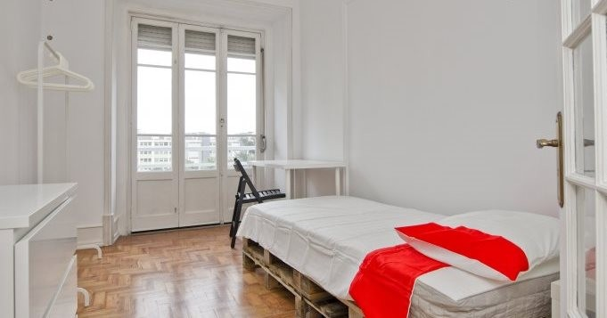 Habitaciones en piso compartido en marqu s de pombal Alquiler de habitacion en piso compartido