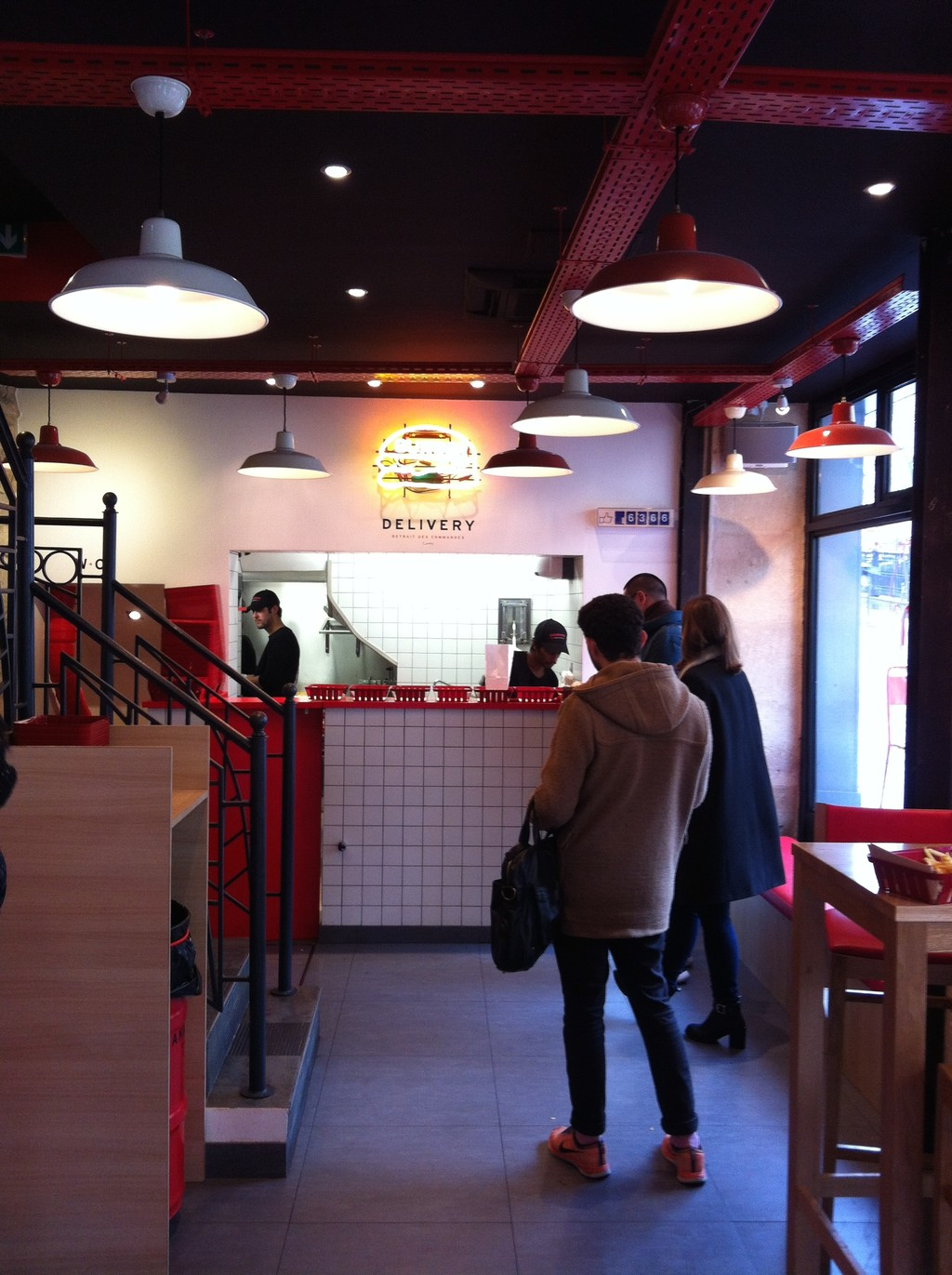 Hamburgery i frytki - Paryż