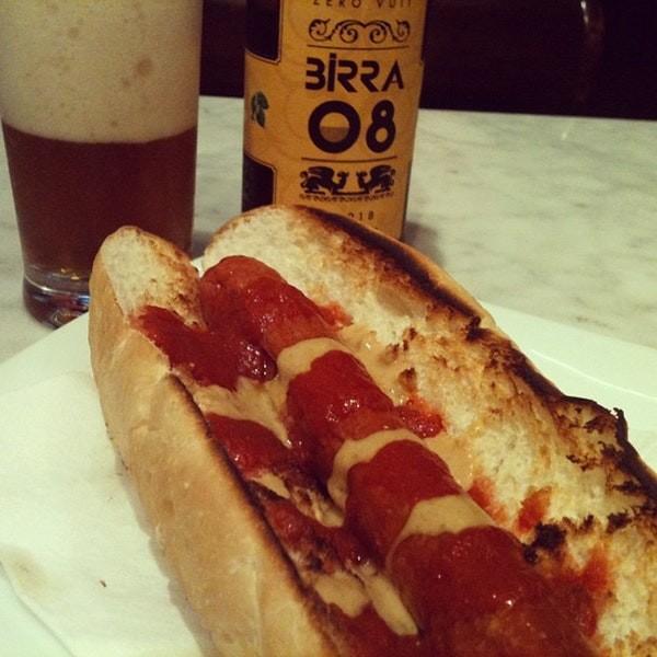 Hamburguesa deliciosa con vistas al Camp Nou