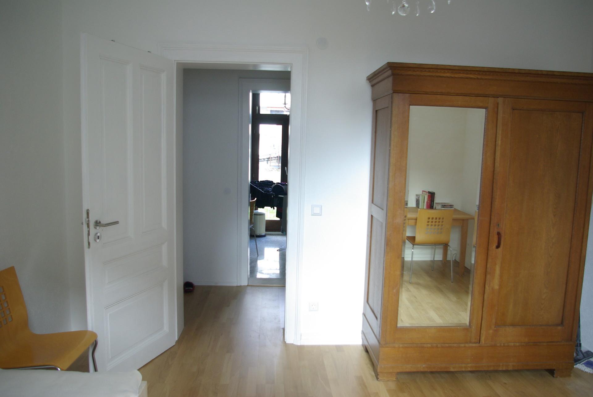 Helles Zimmer, Gründerzeitbau, ca 17qm, im Süden von Frankfurt a