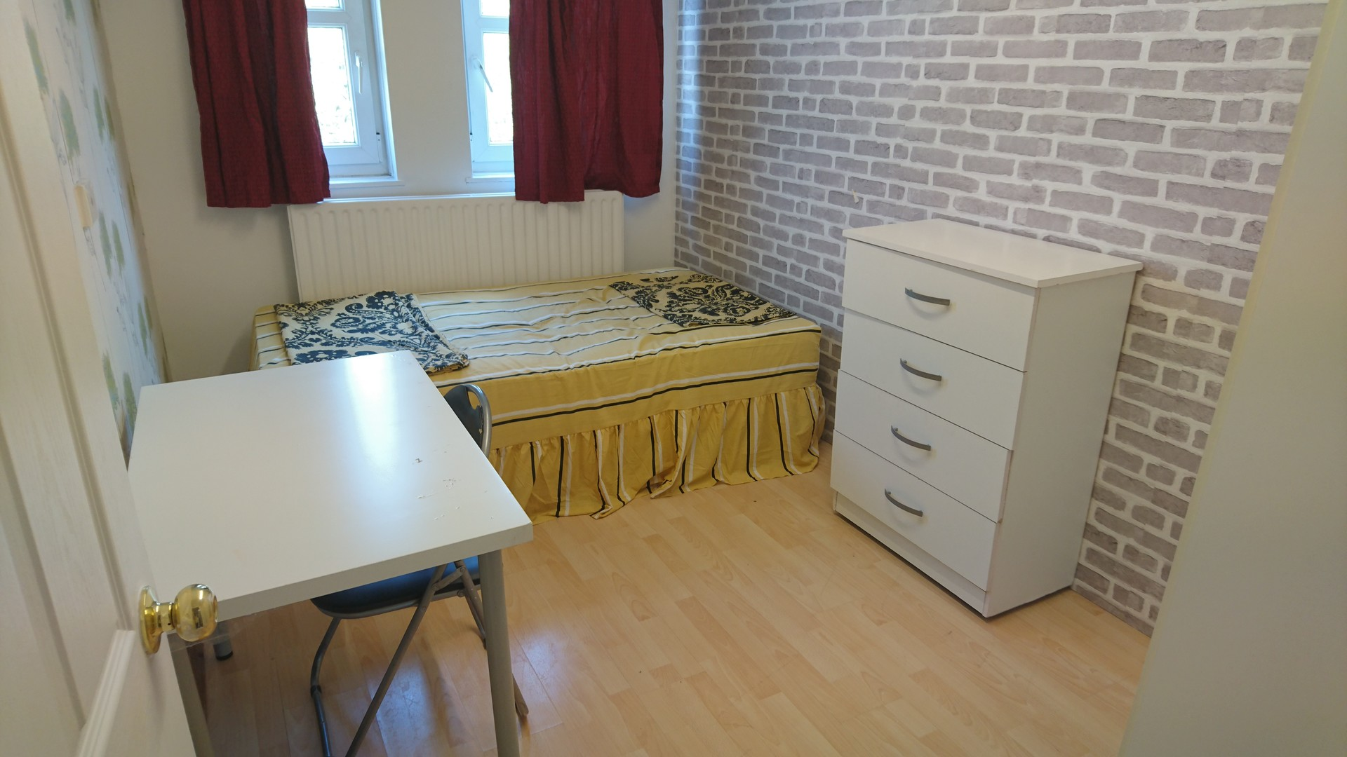 Hi, This is the spacious and fully furnished Flat. Double Room