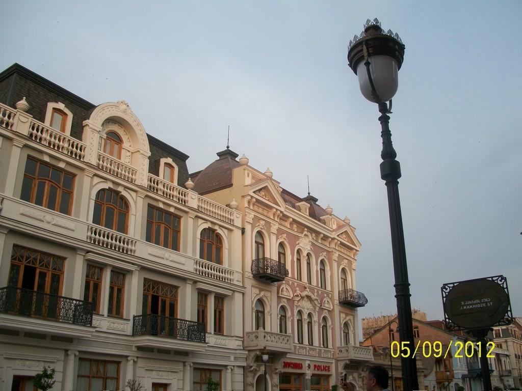 historical-renovated-aghmashenebeli-st-2
