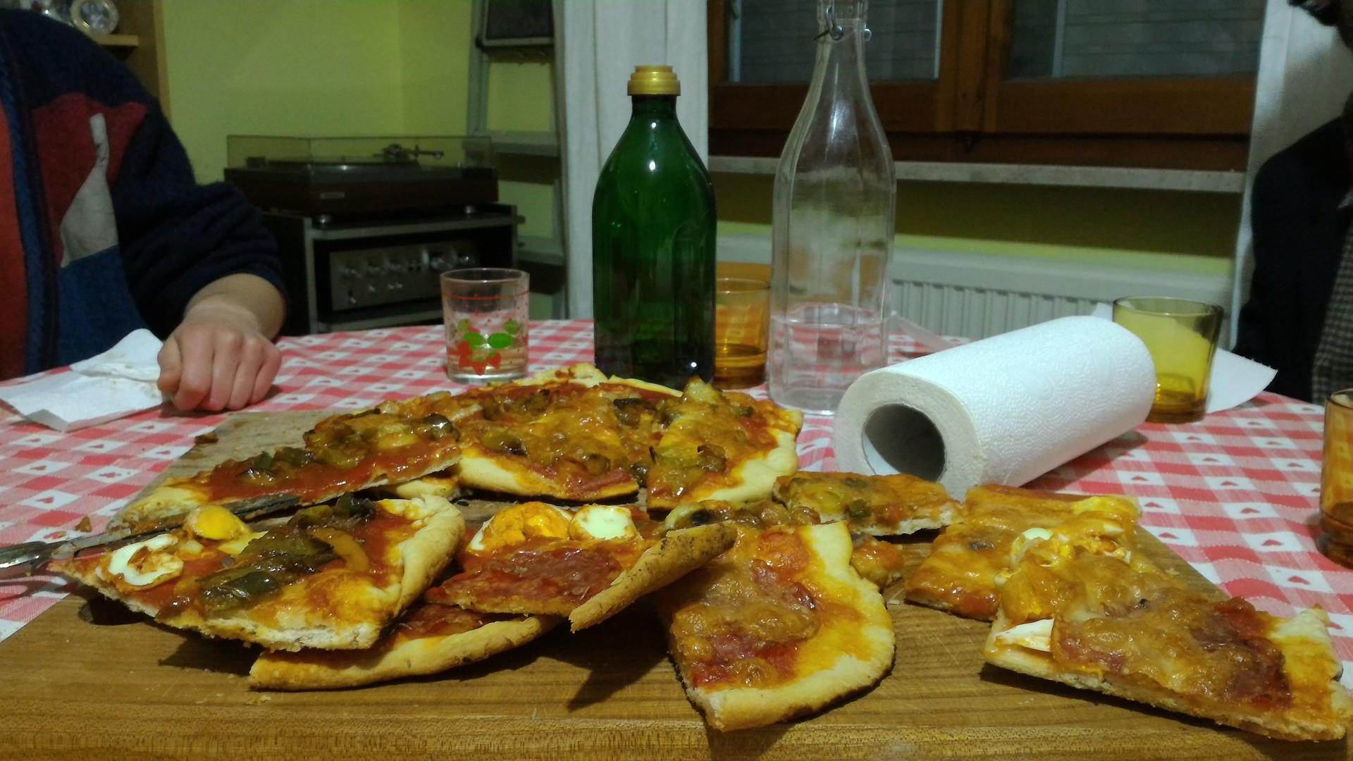 home-pizza-68af9d464766005b341d6aa142a03