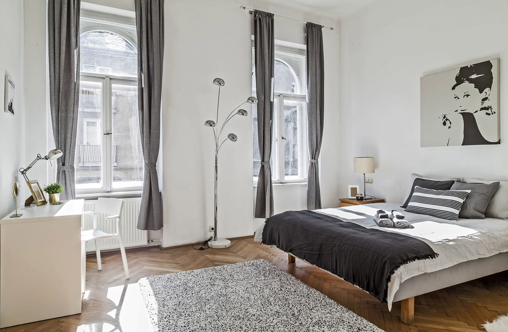 Image of: Amazing Room With Walk In Closet In The Heart Of Budapest Room For Rent Budapest