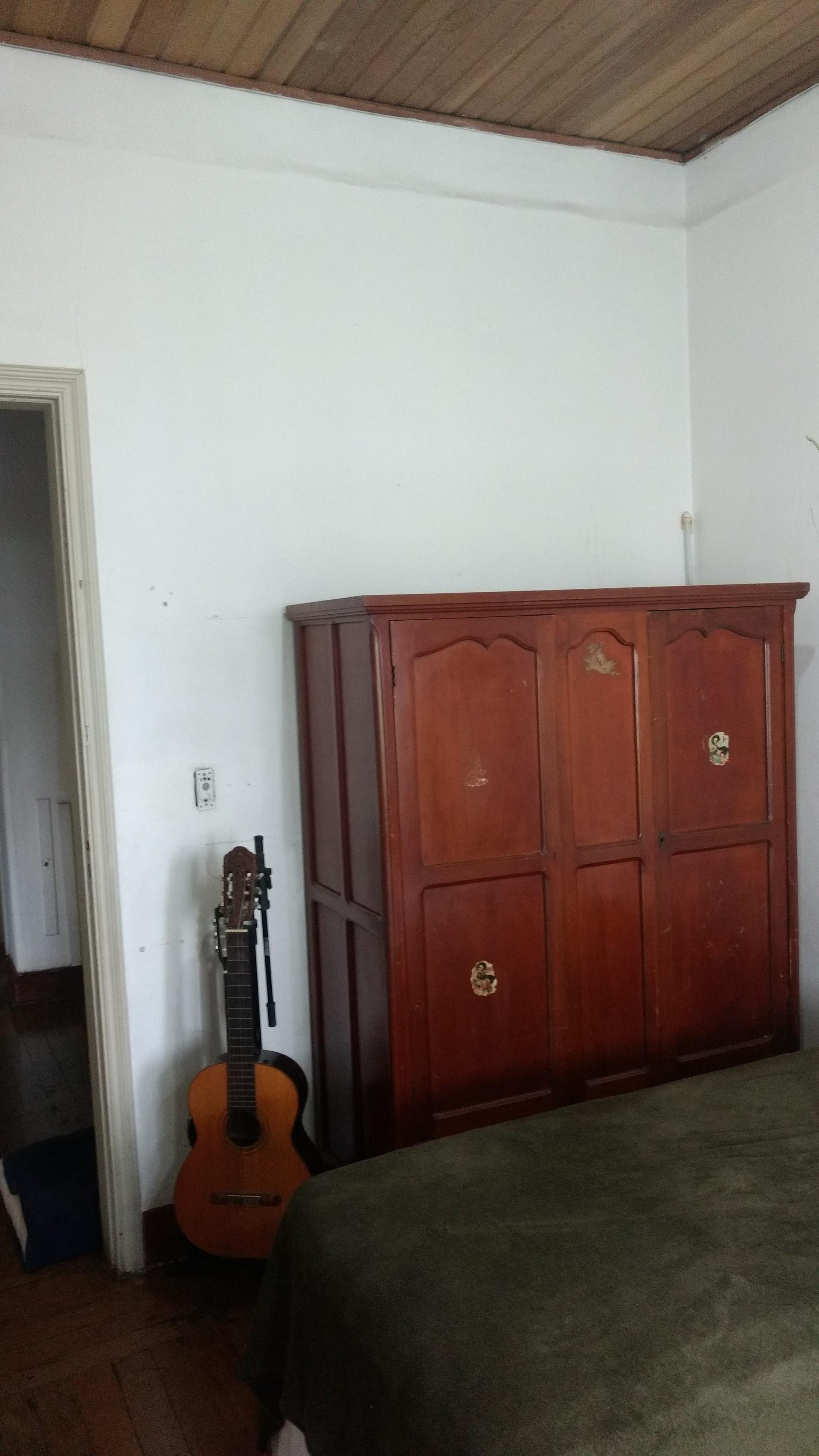 i-offer-room-family-house-shared-access-bathroom-kitchen-lunch-room-dining-room-tv-room-wifi-e449a1f2cb5f16e6325e64e2b4d23556