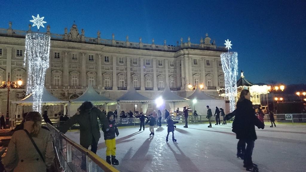 ice-skating-madrid-cc0a15a0e5c8a8ede34d1