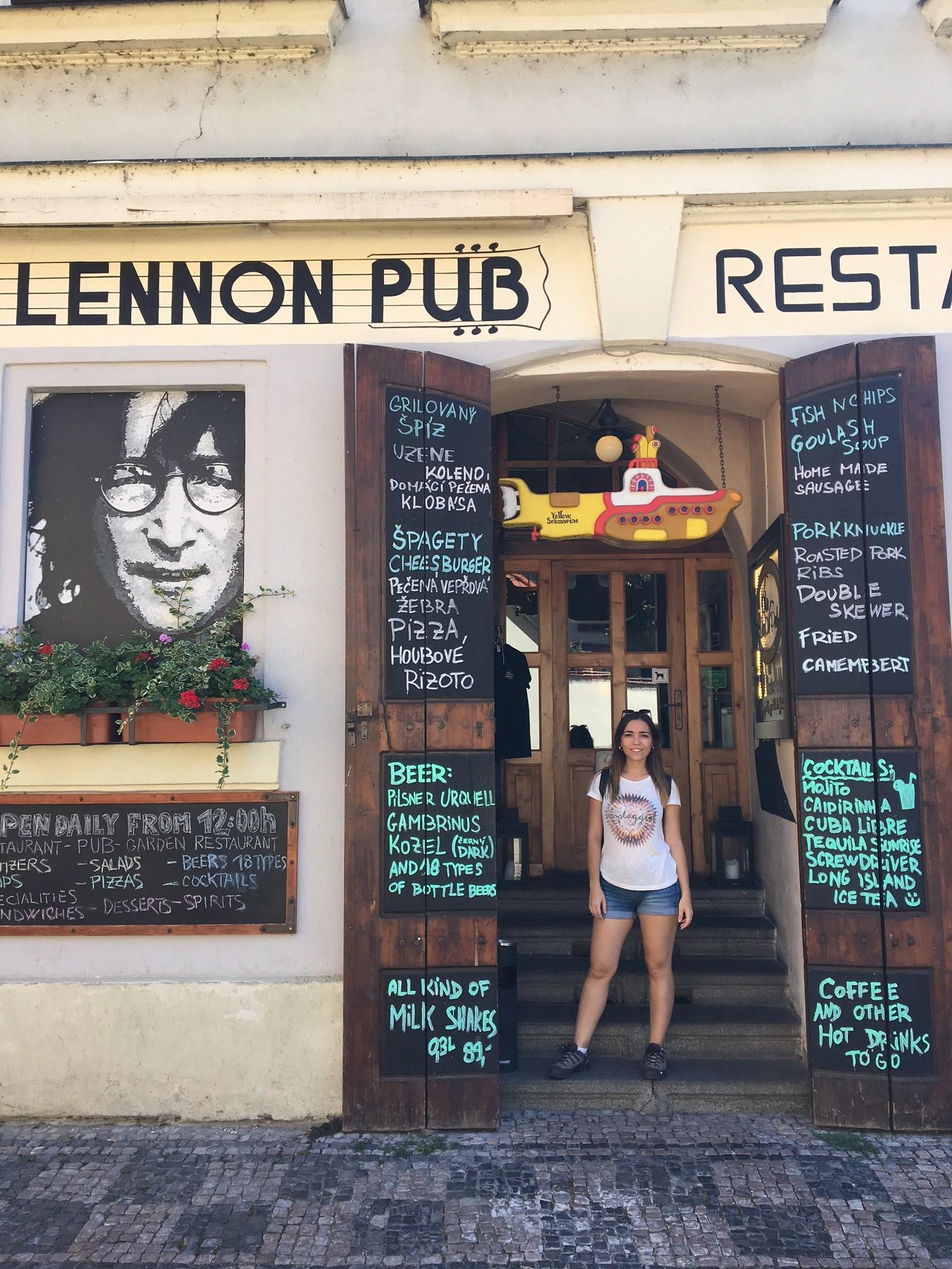 Imagine in Jonh Lennon Wall (Praga)