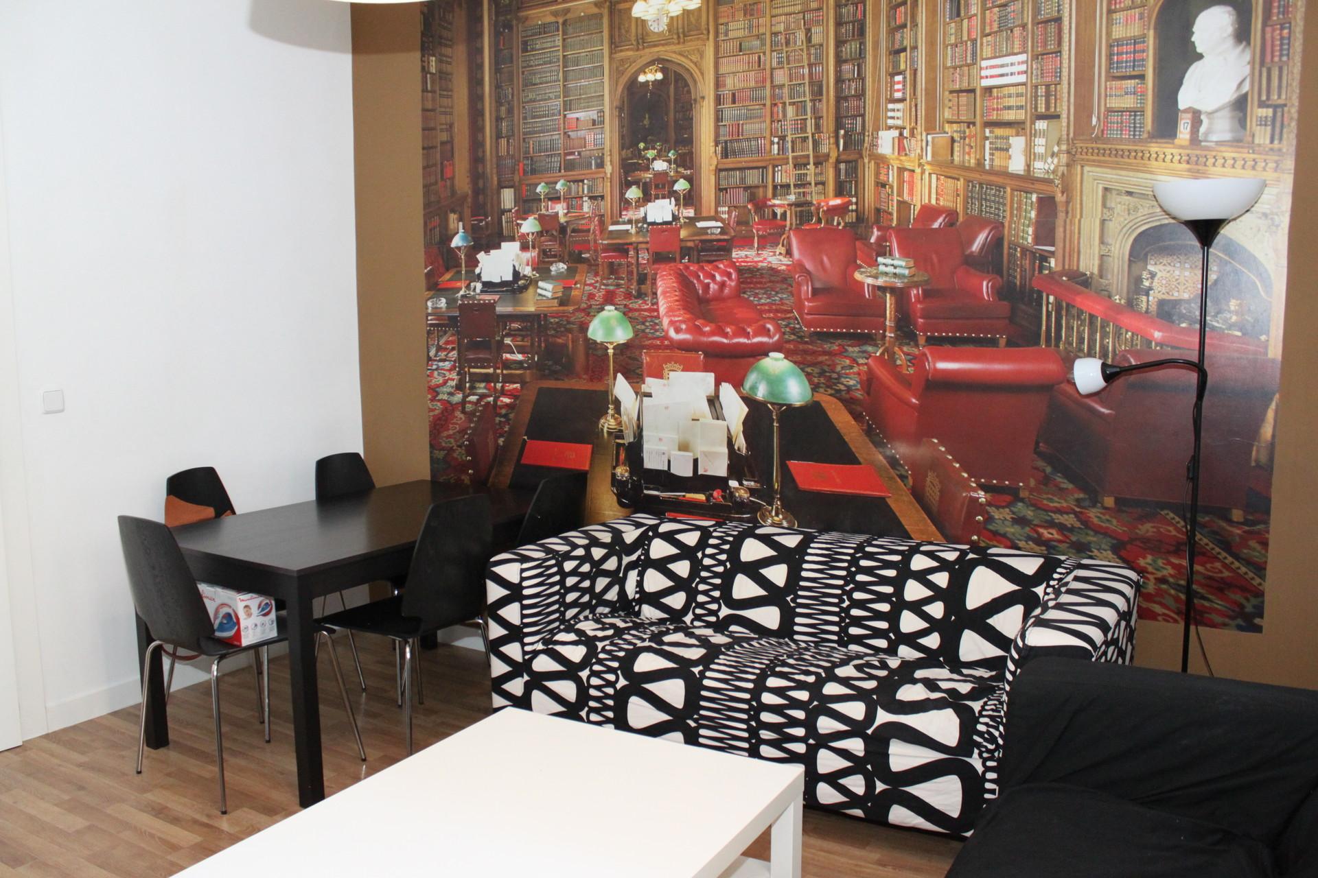 ... Impressive Apartment In Madrid ...
