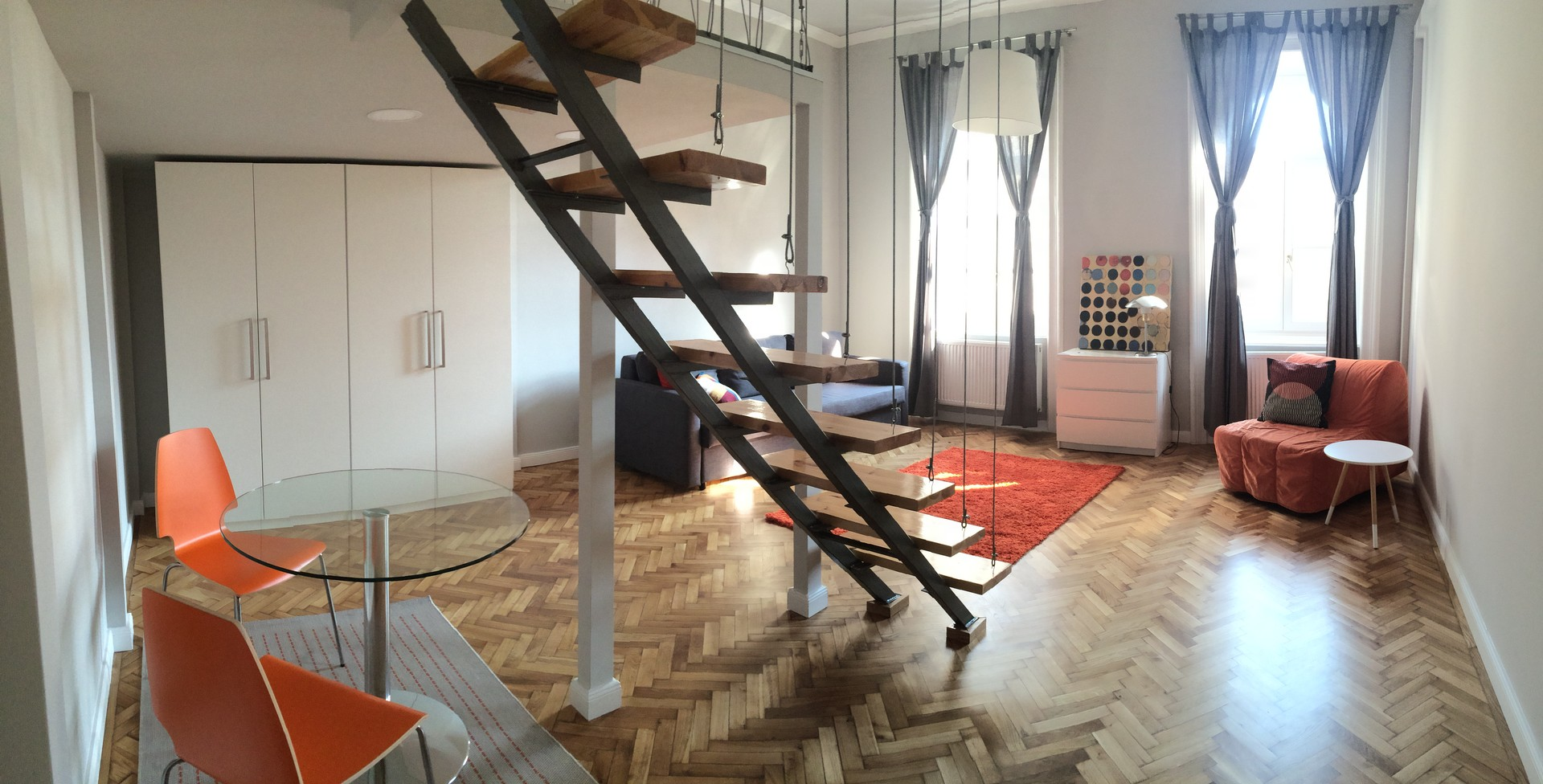 In The Heart Of The City A Completely Renovated Third Floor Apartment For  Rent. In Front Of Semmelweis University.