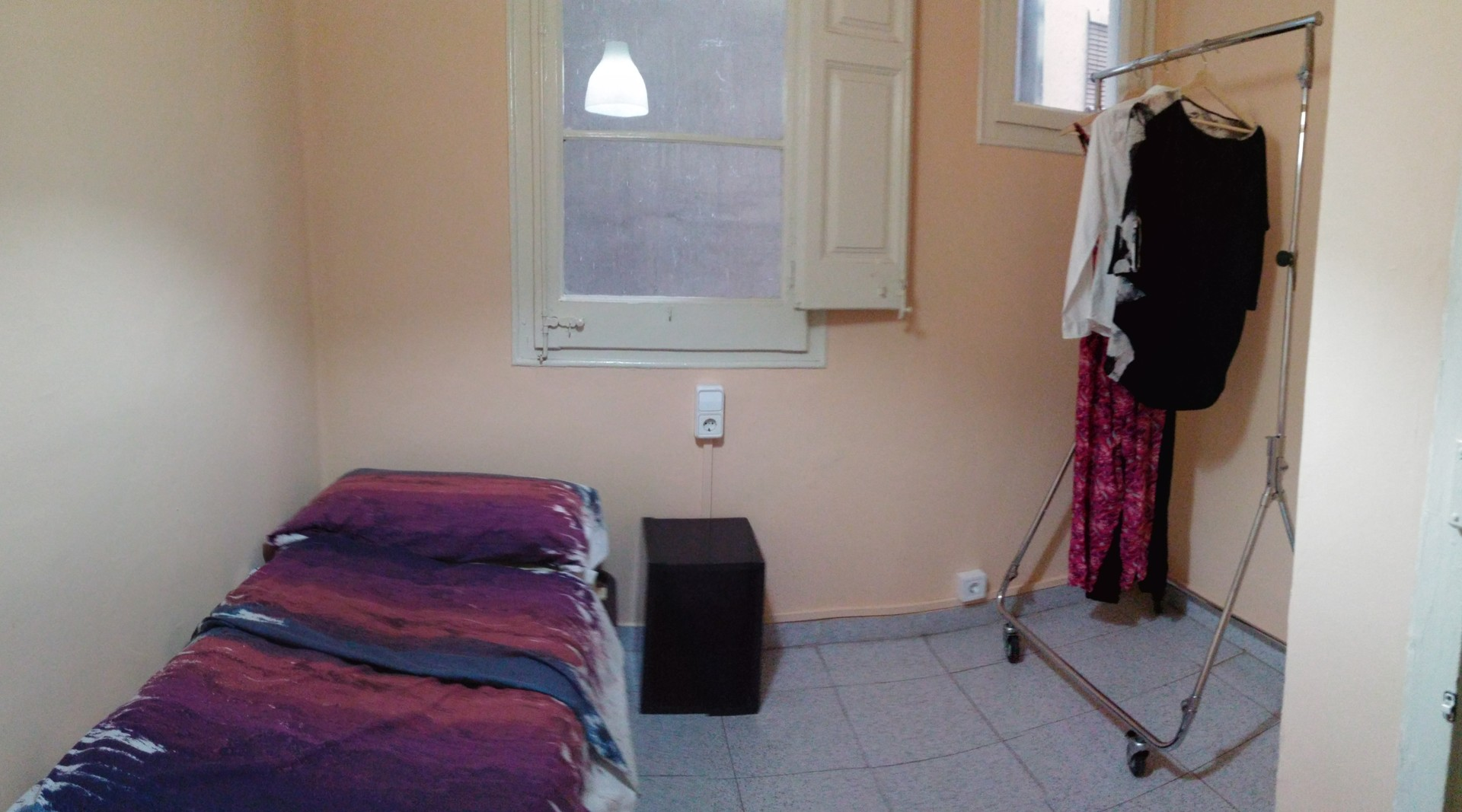 Individual Room In Poble Sec 350 Room For Rent Barcelona # Muebles Poble Sec