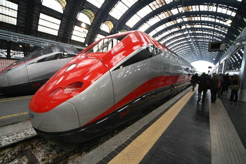 Tremendous Italy With Train System Erasmus Blog Italy Beatyapartments Chair Design Images Beatyapartmentscom